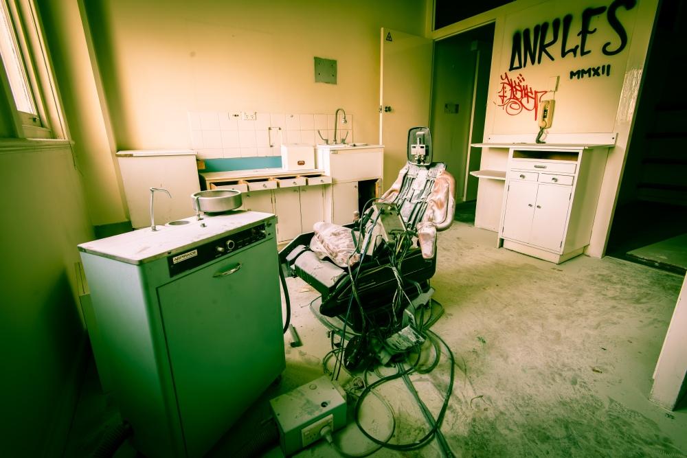 That dentist chair again