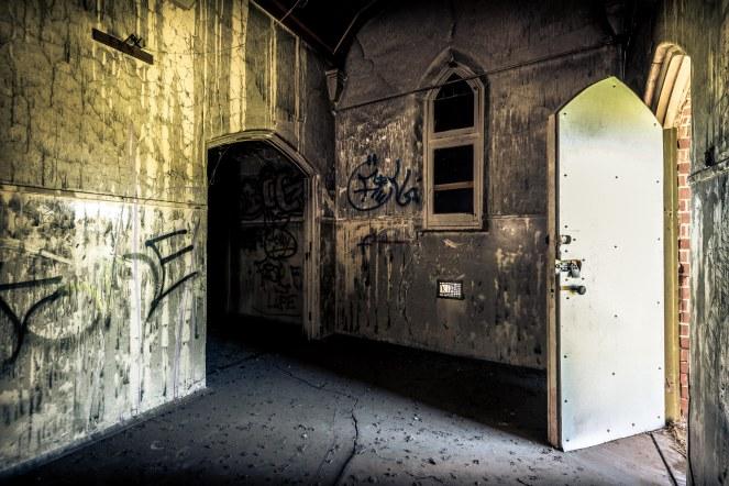 Deadroom-11